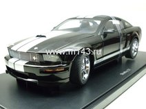 Ford Mustang Shelby GT 2007 (black/grey stripes)