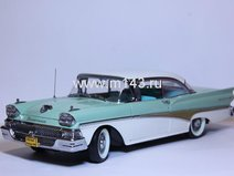 Ford Fairlane hardtop, white/seaspray green 1958 г.
