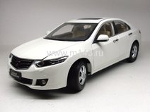 Honda Accord 2009 (White)
