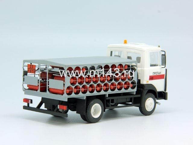 МАЗ-4570 перевозка газовых баллонов.